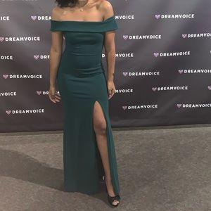 Lulus Off-Shoulder Formal Dress with Split, XS